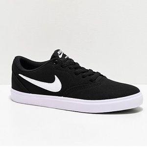 Nike SB Solarsoft Skater Sneakers